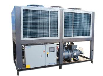 <b>风冷螺杆式冷水机组 ASE/ADE系列</b>